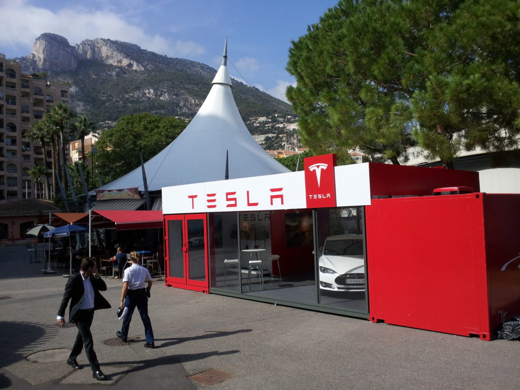 Tesla modular showroom